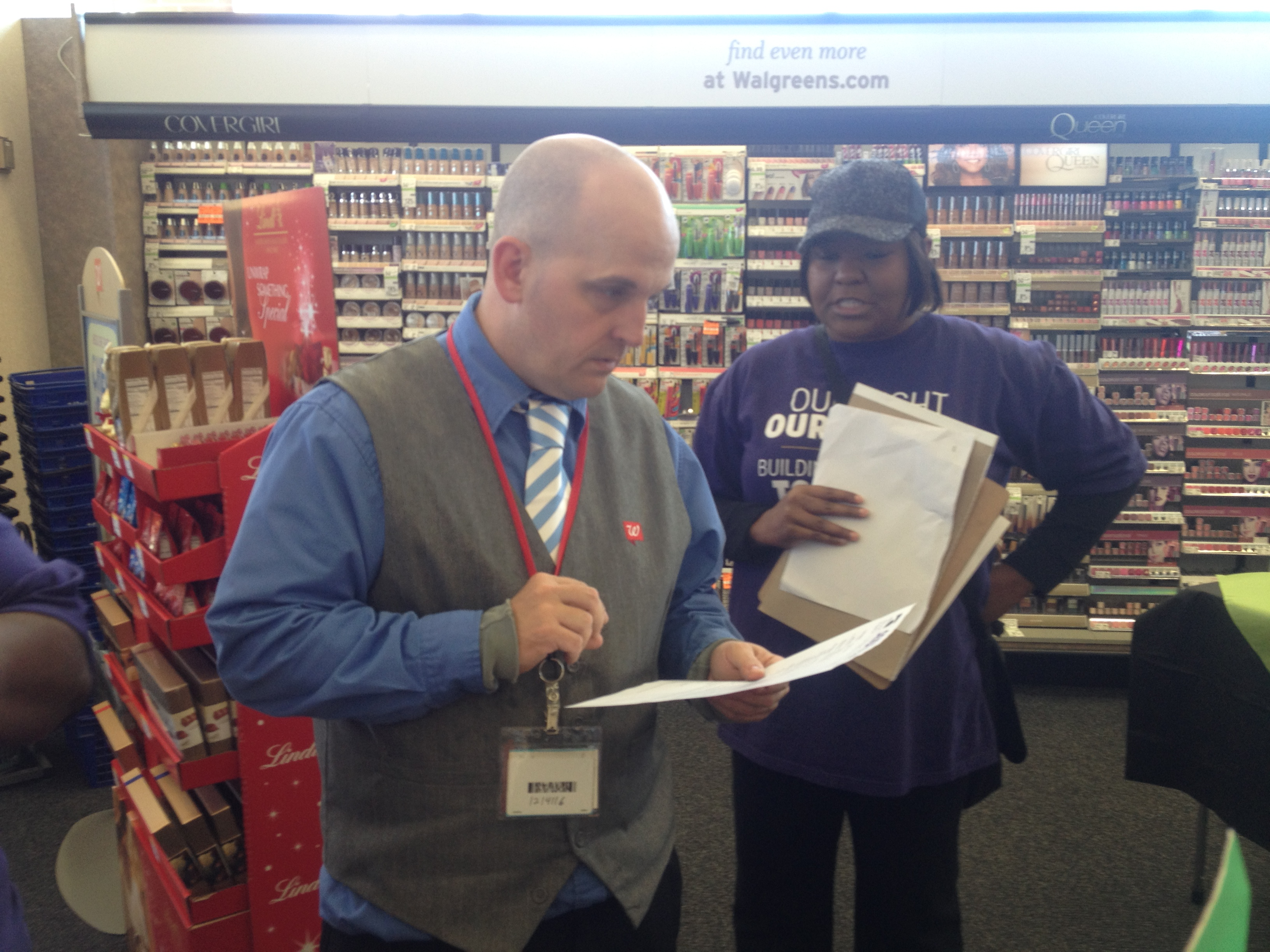 Walgreens_Manager_w_letter_fair_tax_boom_camp_11_01_13